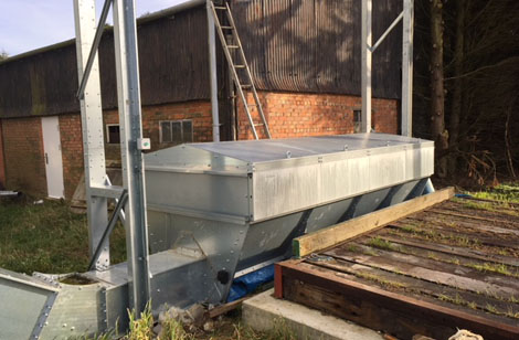 4m hopper with extension sides and steel lid
