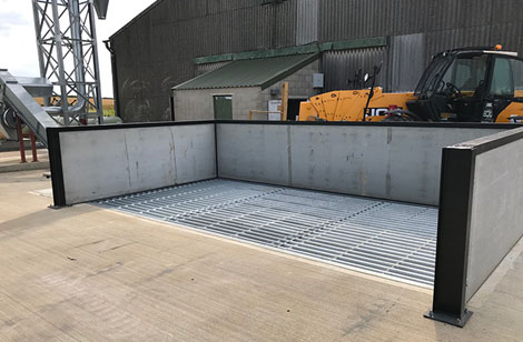 Drive over Dry Pit with side and rear extension panels