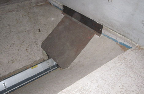 Intake sunk by 1.0m in floor with end plate for service access